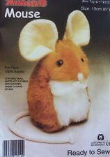 Mouse giocattolo morbido KIT-crea la tua-COCCOLONE PELLICCIA TESSUTO-Regalo Bambini Sew TOPI