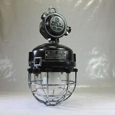 6kg. SCHUTZGITTER GLASKOLBEN LAMPE METALL EX. BUNKERLAMPE INDUSTRIE DESIGN NO8