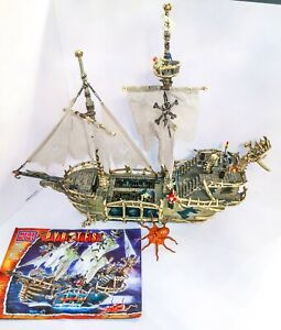 3660 MEGA BLOKS PIRATES 3660 DREAD EYES PHANTOM SHIP
