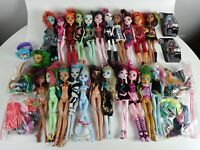 HUGE LOT! Monster High Class 22 Dolls Plus LOTS of Accessories