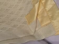 "VINTAGE NEW ACRYLIC SATIN ENDED YELLOW BLANKET 96""W X 94""L EXCELLENT CONDITION"