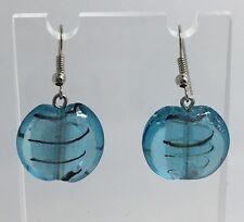 Shiny Colore Blu Pallido A righe fatto a mano VETRO BEAD ORECCHINI PENDENTI. Argento Ply Ganci d263