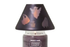 Yankee Candle Halloween Flickering Ghoulie Ghosts Jar Shade Candle Topper