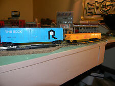 HO scale 2 car lot The Rock Box car and a Union Pacific Gondolla