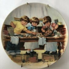 Edwin M Knowles Collector Plate Jeanne Down The Taste Test 1986 Vintage