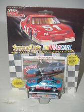 NEW RACING CHAMPIONS RICHARD PETTY #43 COLLECTOR RACE CAR Card Stand
