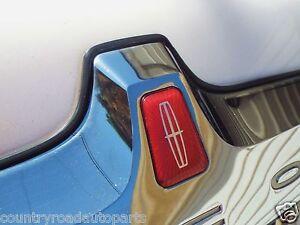 New 1998-1999-2000-2001-2002 Lincoln Town Car Trunk Lid Emblem-Badge.
