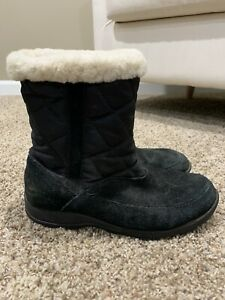 Kamik Shoes Moncton Women's Size 6 Waterproof Black Ankle Boots Suede Leather