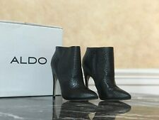 Chic Aldo Black Leather Pointed Toe Sigiletto Stiletto Winter Ankle Bootie 7.5