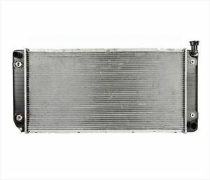 34 Inch Radiator Automatic Trans Engine Oil Cooler for 94-00 Chevy Pick Up 5.7L