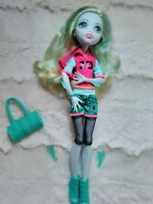 Monster High doll Lagoona signature look