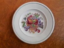 Wedgwood Edme Wentworth creamware one saucer, one bread plate ca. 1950 AS IS