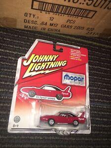 Johnny Lightning MOPAR or no Car 1970 Plymouth Superbird Red 1/64 Die Cast Car