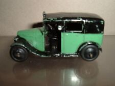 DINKY TOYS 36G EARLY LONDON TAXI  IN USED CONDITION SCROLL DOWN FOR THE PHOTOS