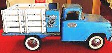 TONKA FARMS 1962 FLAT BED STAKE TRUCK.