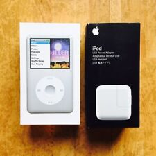 iPod Classic 160gb 7 Th Generation Apple Silver With Cable USB Mint Condition