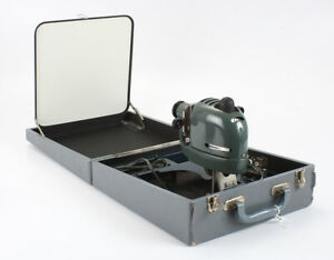 FUJI BIRDIE KIT 35MM SELF-CONTAINED SLIDE PROJECTOR, NON-FUNCTIONAL/cks/198413