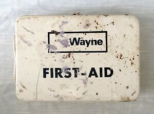Vintage Wall Mount First Aid Kit WAYNE Metal Box - Medical Supplies