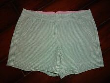Women's L.L. Bean Stripped Green Shorts Size 8 RegEUC!