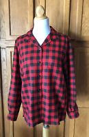 Pendleton Women's M 100% Virgin Wool Red Plaid Button Up Long Sleeve Top VGC