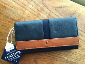 Joules Ladies Tally Leather Carriage Purse Large Navy Tan