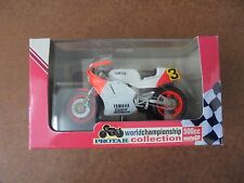 Italeri Moto 1:22 Yamara YZR OW98 500cc. Champion Du Monde 1988 Cavalier E.