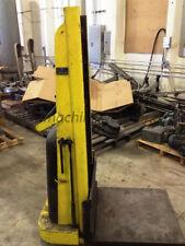 Big Joe Manual Straddle Stacker 1000 lb Capacity