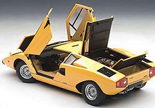 Autoart LAMBORGHINI COUNTACH LP400 YELLOW COLOR 1/18 Scale. New! In Stock!