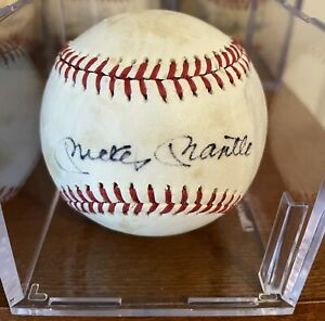 Signed Mickey Mantle Auto on Sweet Spot On Lee Macphail Ball RARE! With JSA LOA