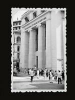 1950s Vintage Hong Kong Photo National City Bank of New York Building Women #414