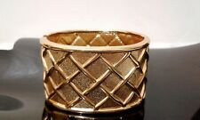 Gold Tone Metal Criss Cross  Waffle Design Fashion Bangle Bracelet NEW