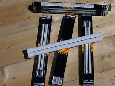 LOT de 4 LAMPE fluorescents DOUBLE TUBE EFL INC 24W 830 1CT 2G11 4B Mazda EFL