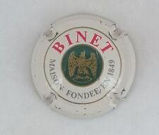 capsule champagne BINET n°14 blanc cassé lettres rouges