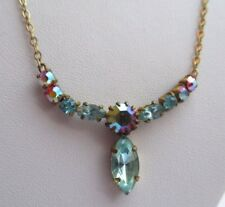 Ancien collier bijou vintage couleur or déco central cristaux bleu boréalis 2856