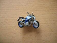 Pin Anstecker Suzuki Gladius SFV 650 SFV650 Motorrad Art. 1150 Badge Spilla