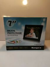 "Sungale 7"" Digital Photo Frame Model PF709 Fast Shipping Tested Works Great"