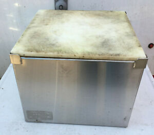 Blender Stand Stainless Steel 12 x 12 x 9.5 Poly Top
