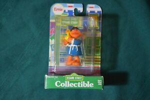 "Vintage 1997 Sesame Street ERNIE w/ DUCK PVC TYCO  Toy 2.5"""