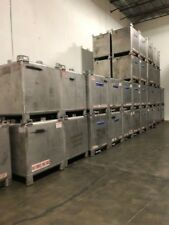 400 GALLON STAINLESS STEEL TOTE / TANK