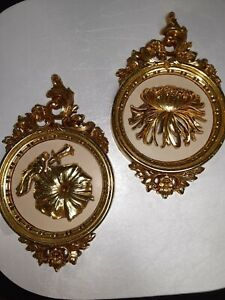 Set of 2 Syroco Inc Cream Gold Floral Wall Plaques 7490  Hollywood Regency USA