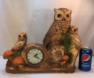 Vtg 1950-60's Chalkware Lanshire Clock Owl Mom/Dad Two Babies Family Cabin Farm
