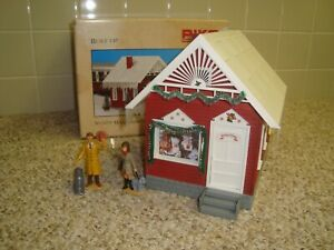 Piko 62703 North Pole Santa's Workshop Christmas House + LGB Figures G Scale new