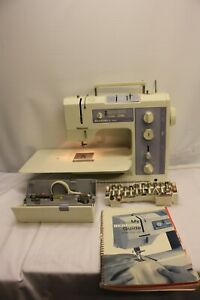 BERNINA 1030 HEAVY DUTY SEWING MACHINE WITH EXTENSION TABLE & ATTACHMENTS