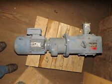 SEW EURODRIVE MOTOR WITH GEAR REDUCER 27:6 RATIO IN/OUT 1720/6 RPM 2 HP