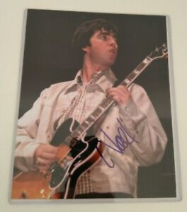 """Noel Gallagher Signed 10 x 8"""" Signed Photo Oasis - Lot 2"""