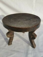 3 LEGGED ARTS & CRAFTS STOOL 18.5 CM DIAMETER, 16 CM HIGH