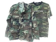 lot 2 US military army camo camouflage jacket woodland combat t-shirt S MINT