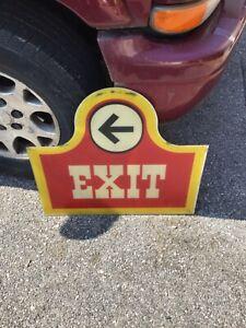 Old Wendy's Sign Exit Great Shape Charming Large Size Fast food restaurant vtg
