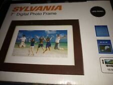 New in Box Sylvania 7 inch Digital Photo Frame Complete, LED Panel