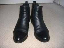 Womans Size 6 Jones Bootmaker,Black leather Chelsea boots.size u.k.6.v.g.c.